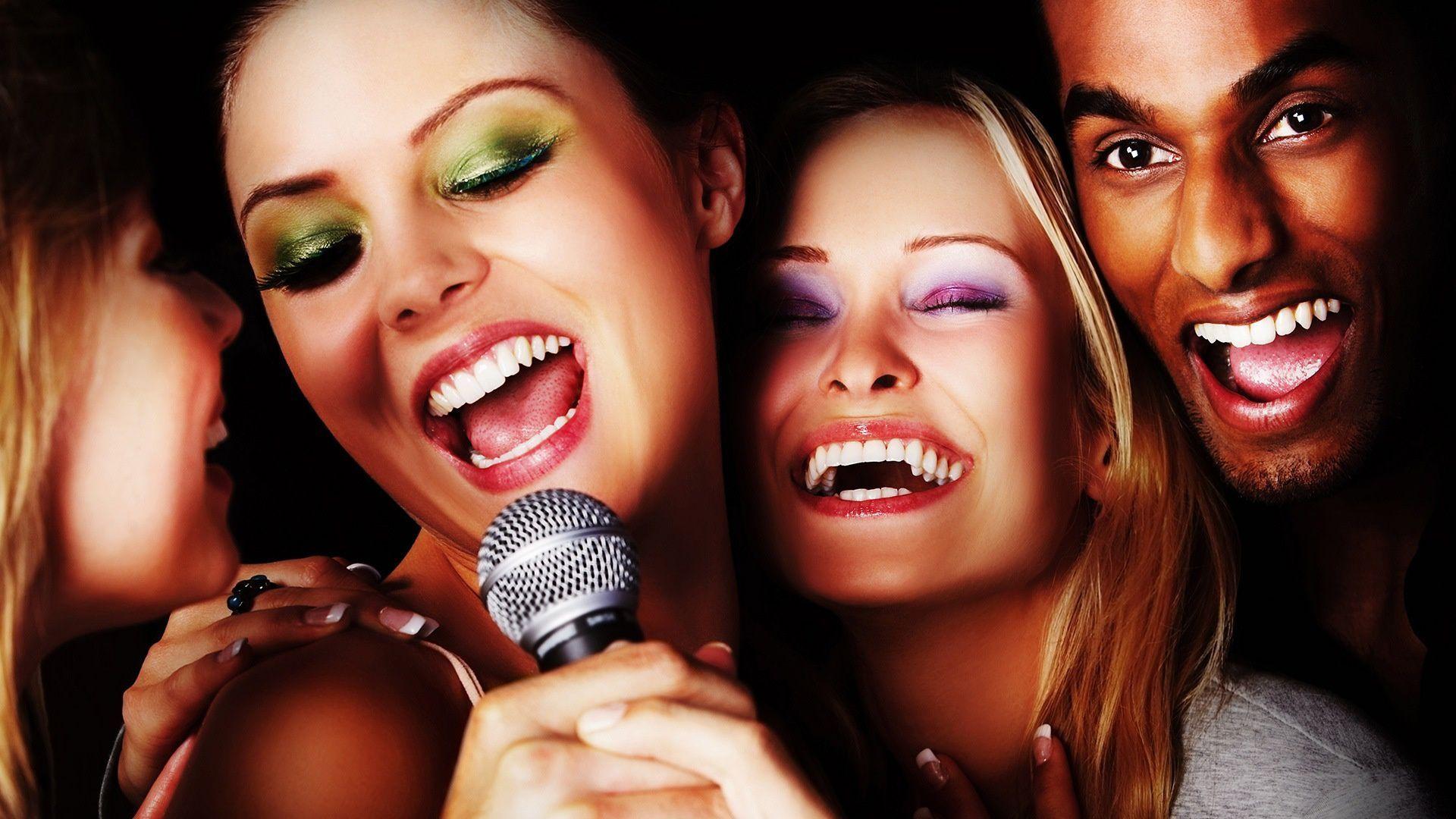 Karaoke-Friends1