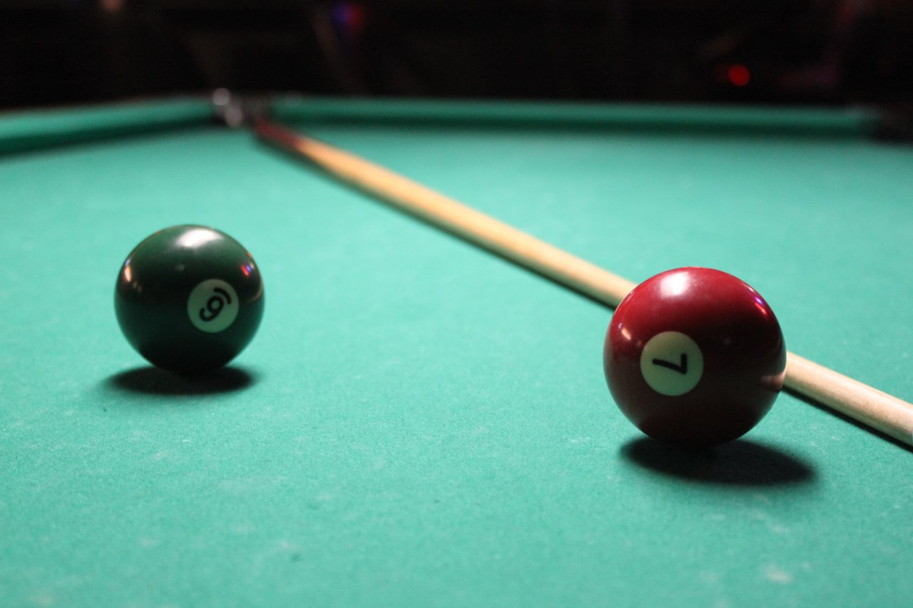 pooltable-upclose
